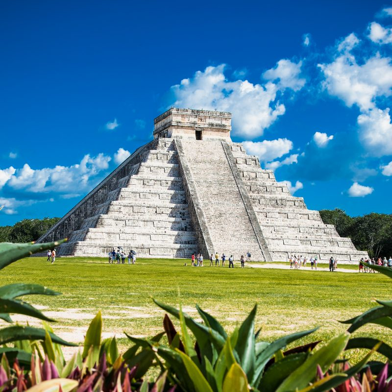 Visit of Chichen Itza archaeological site