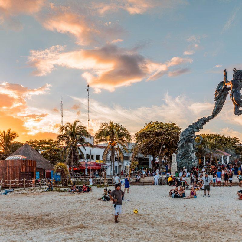 Meeting point at Playa del Carmen